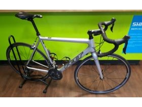 Felt F4 Carbon Ultegra 6800 Road Bike Hire